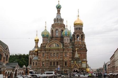 Saint-Pétersbourg 08 Saint Sauveur sur le Sang Versé (4).JPG