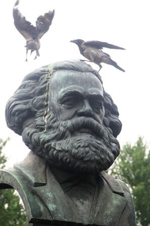 Saint-Pétersbourg 15 Nord Est Nevski (11) Marx.JPG